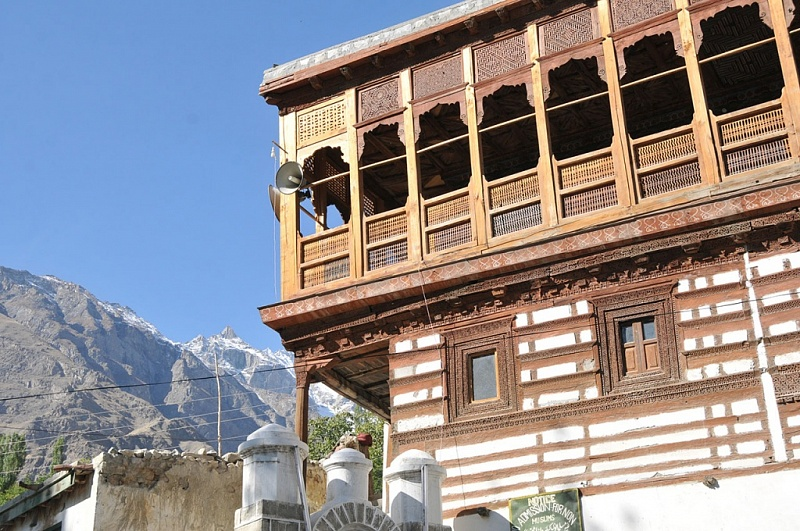 old mosque in Khaplu