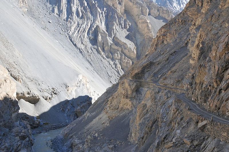 Road to Shimshal valley